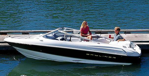 Bayliner Capri Runabout Boat - 7 Passenger